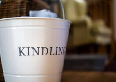 The kindling bucket